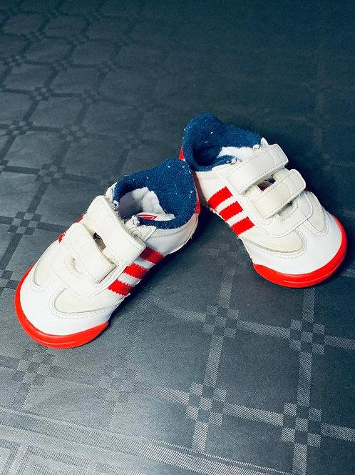 Paire de chaussure Adidas