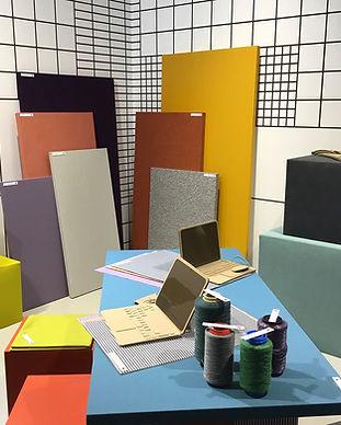Die Farbberatung von BANDYOPADHYAY interior setzt Farbgestaltung für die Innenarchitektur im Office Design ein, um Räume und Abläufe anschaulich zu strukturieren, sowie um inspirierende und motivierende Arbeitsumgebungen zu schaffen.