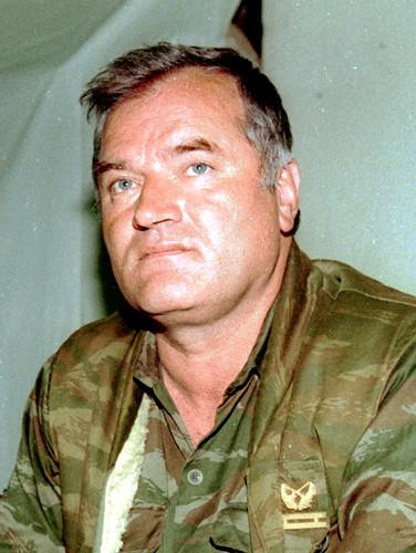 Ratko Mladic : Une page se tourne; les souvenirs, la honte de l'Occident et les problèmes demeurent