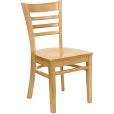Medžio masyvo kėdė