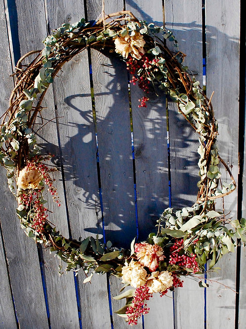 Oval Grapevine Wreath