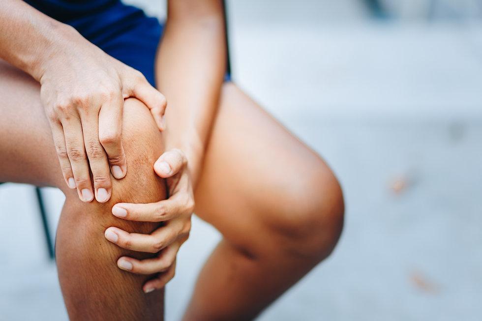Schmerzpatienten mit Gelenkschmerzen bei Arthrose sind gut beraten in der Schmerzklinik im Kanton Zürich in Tagelswangen und in Wila im Zürcher Oberland.