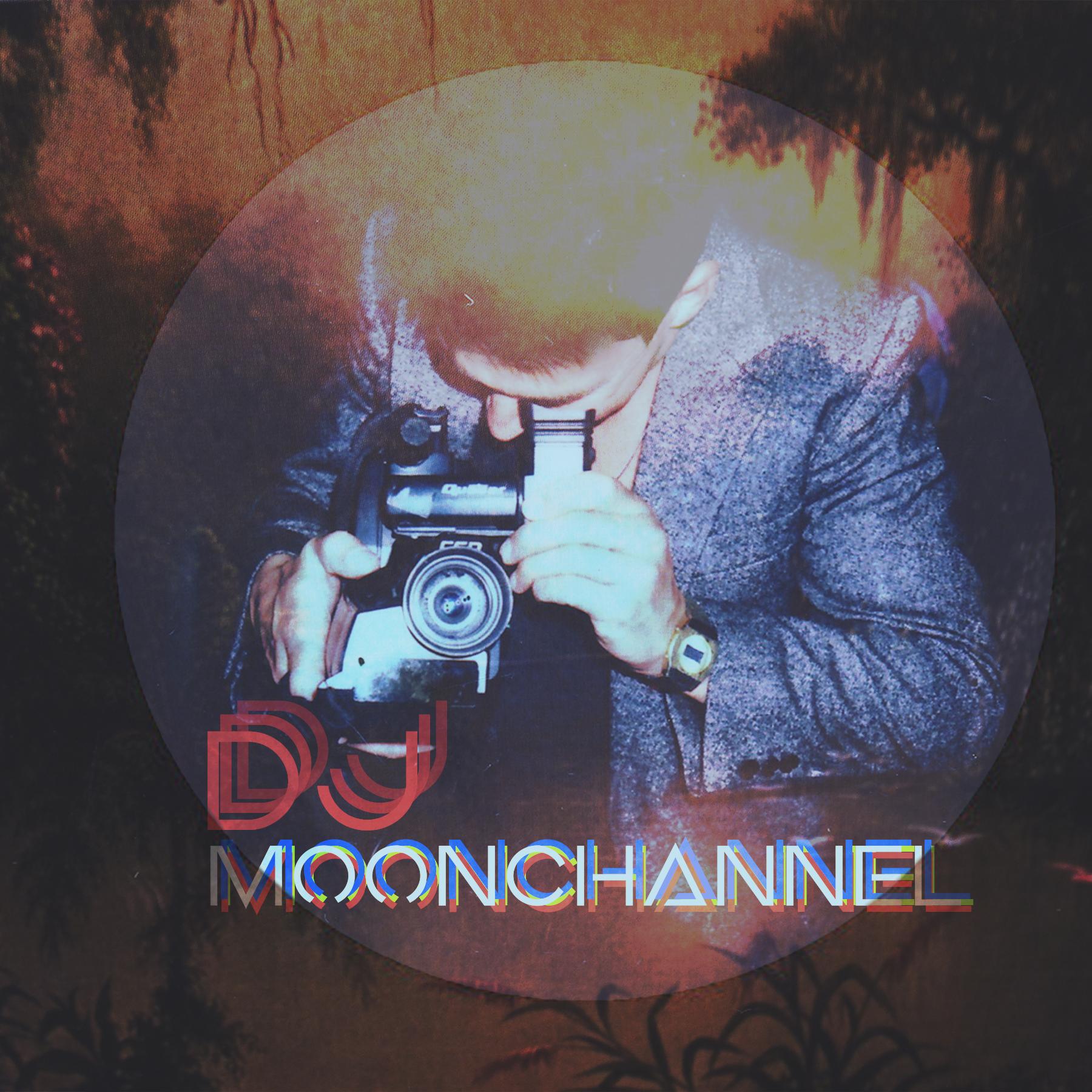 DJ MOONCHANNEL FRONT