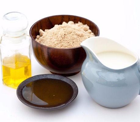 Almond Milk & Honey Manicure