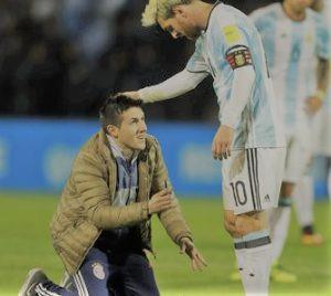 """Quem trabalha na empresa da família sente o peso de ser um """"Messi"""""""