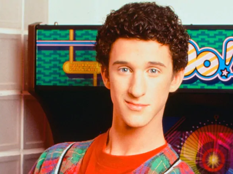 """""""Saved by the Bell"""" Star Dustin Diamond, Dead at 44 After Cancer Battle"""