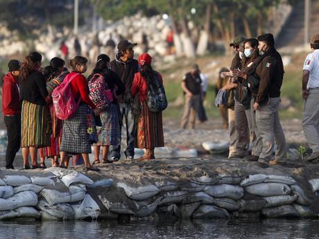 Biden faces criticism over Border closures; Migrant numbers continue to rise
