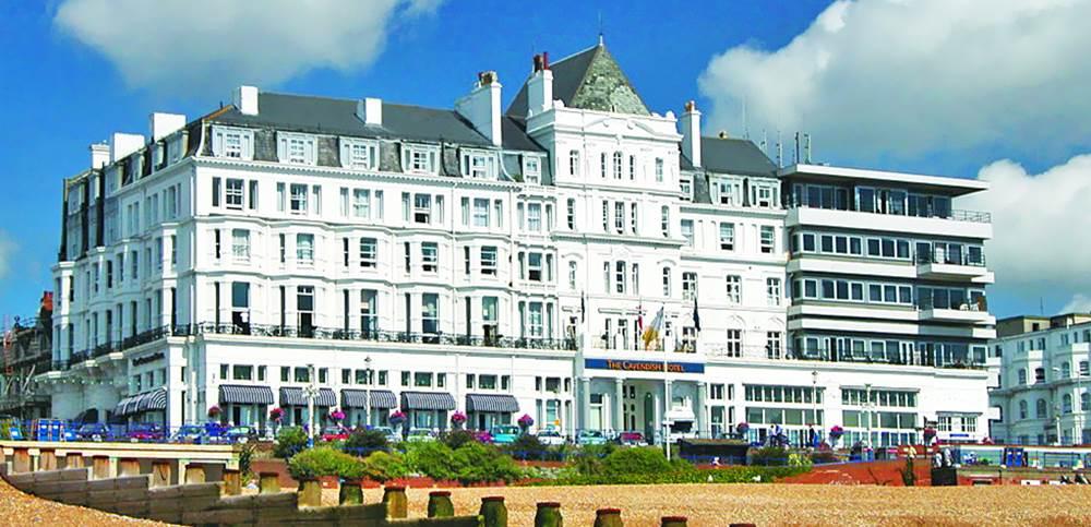 Cav Hotel