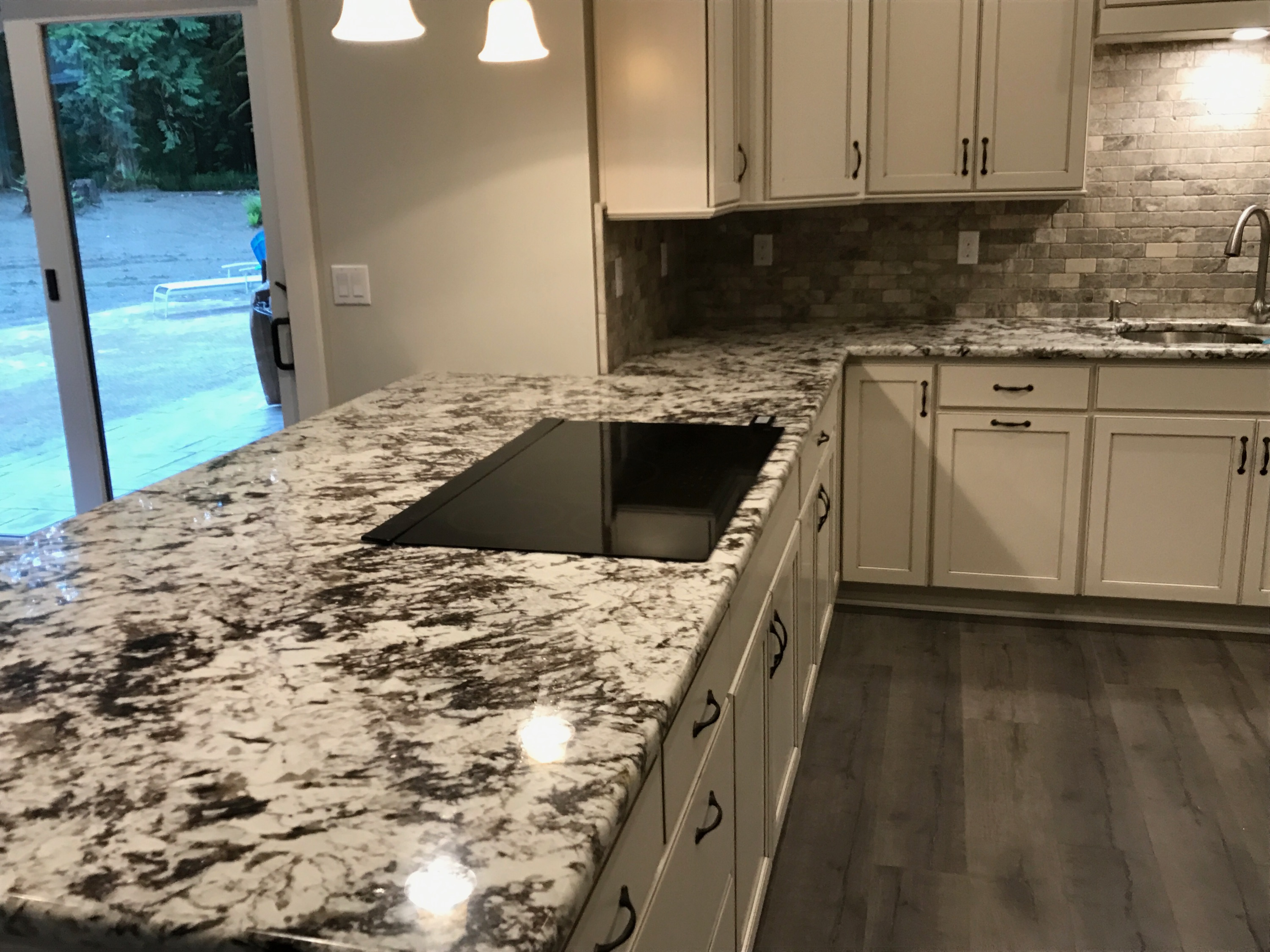 Galeila Kitchen countertops