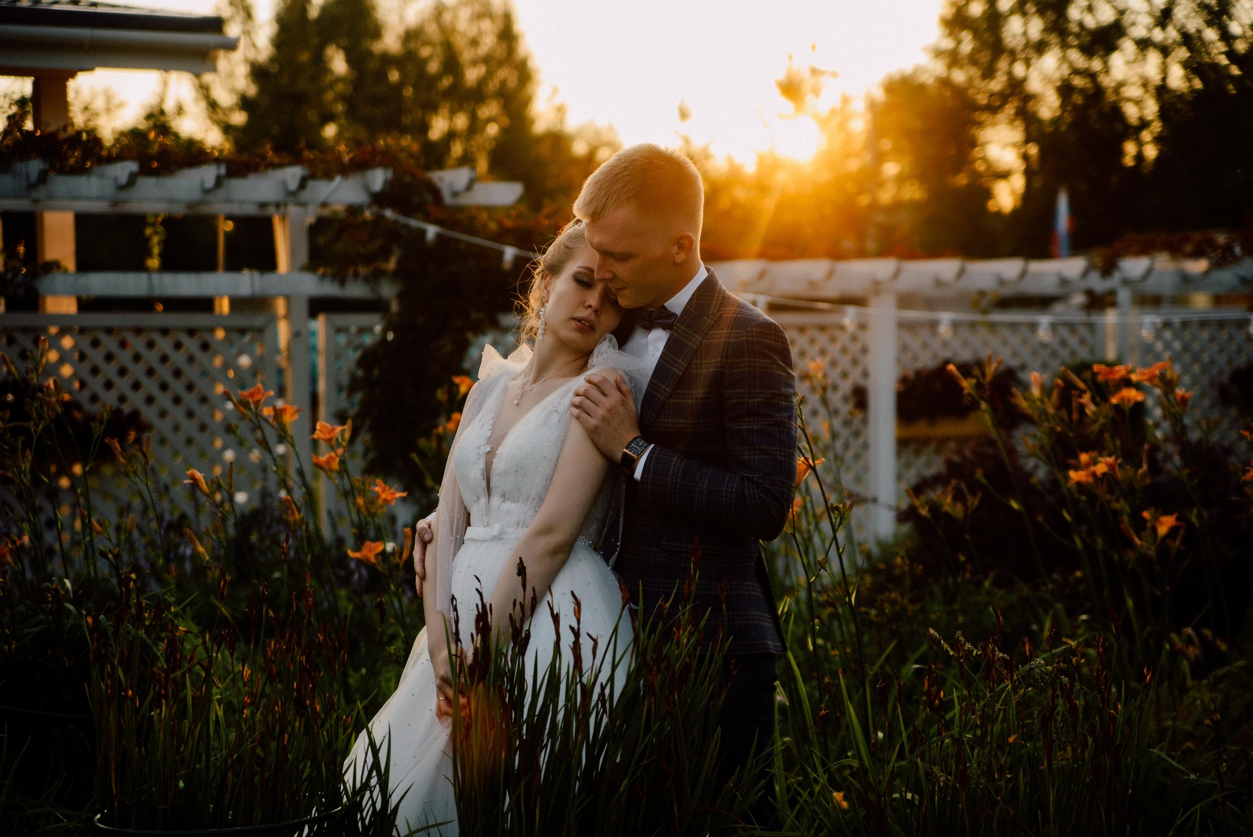 система свадебные фотографы спб недорого поднявшись