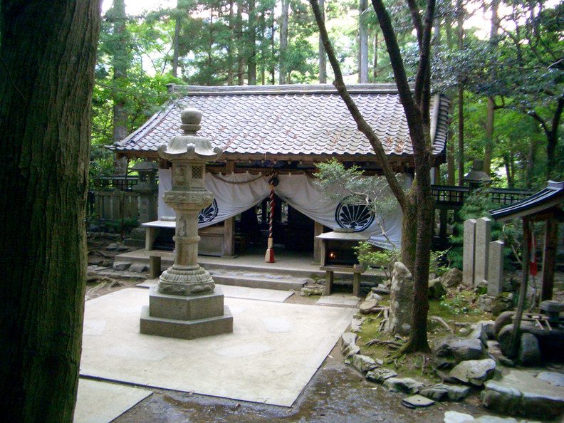Okunion Mao-den shrine, Mt. Kurama, Kyoto