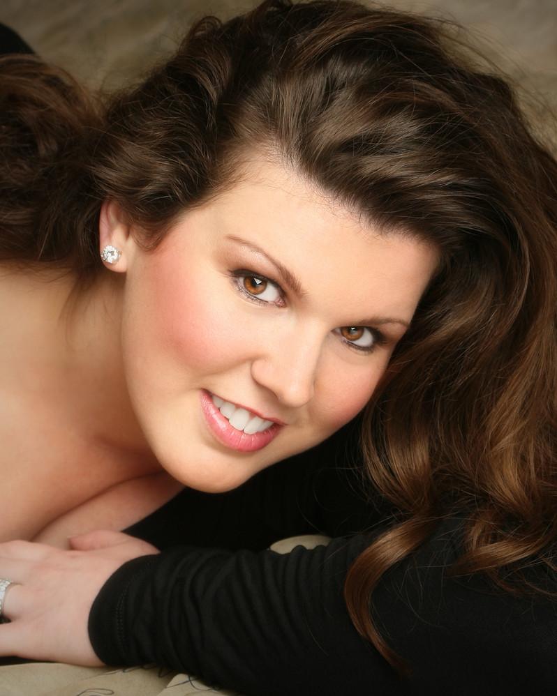 Elizabeth Baldwin, Soprano, USA