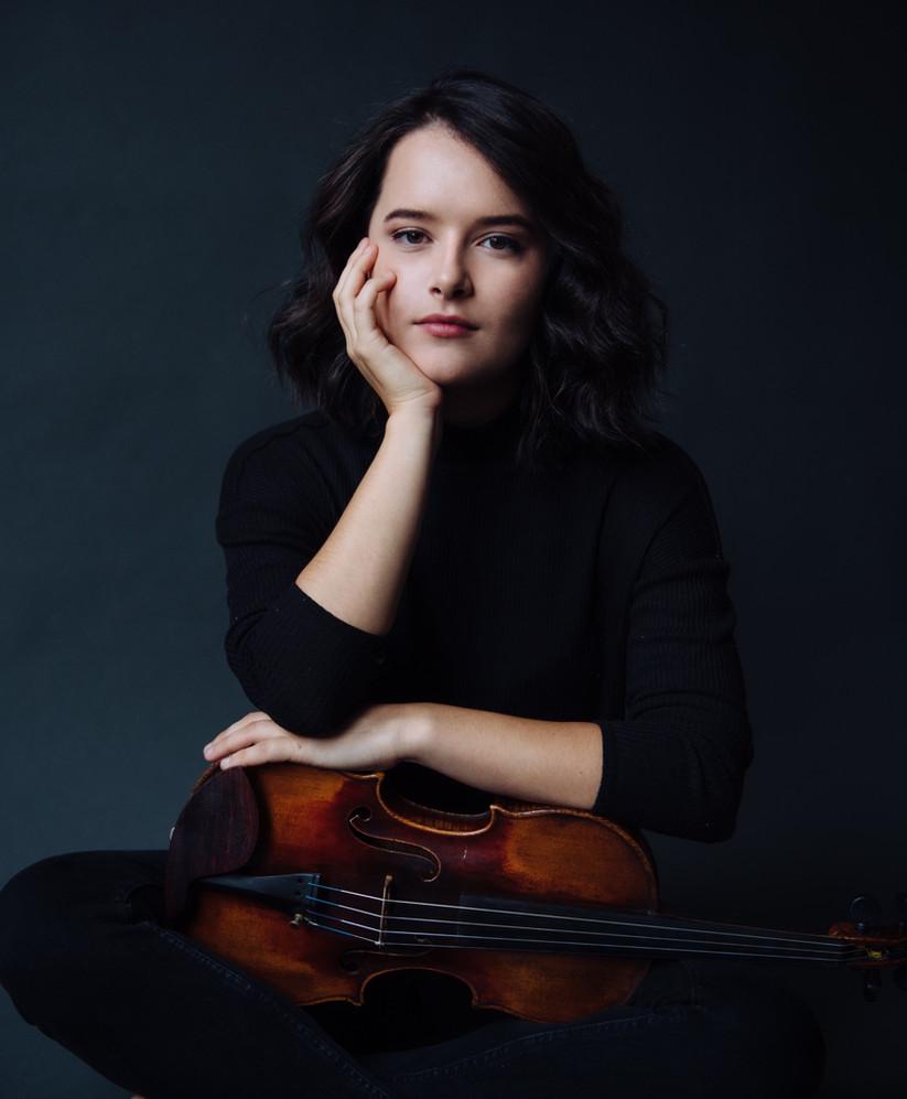 Abigel Kralik, Violin, Hungary