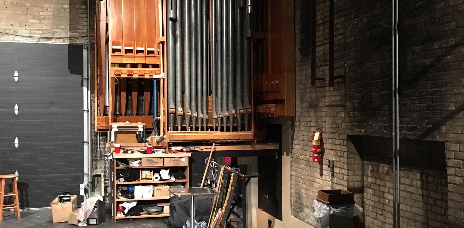 Backstage Organ