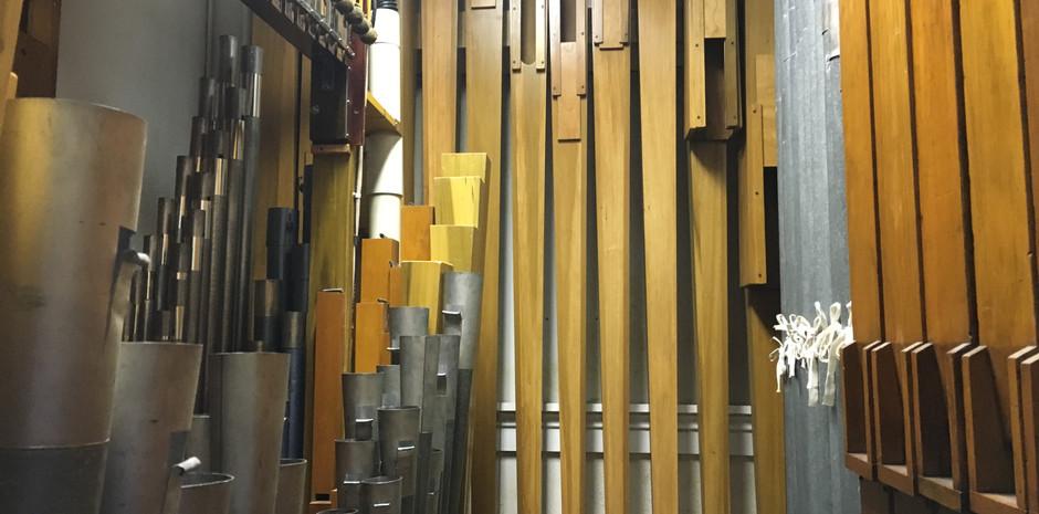 Main Chamber:  Back Wall: Diaphone Bass Offset Right Wall: String Bass Offset, Flute Bass Offset
