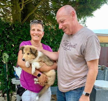 Gaia (9 Wochen) und ihre neue Familie. Wir wünschen Familie Binz alles Gute mit Gaia.