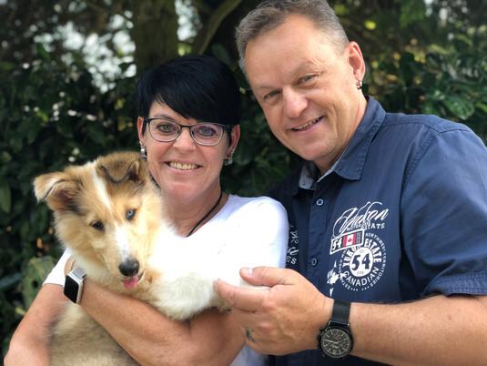 Hampus 9 Wochen mit seine neue Familie.