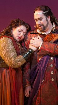 Ariadne (Christine Goerke) and Bacchus (Corey Bix)