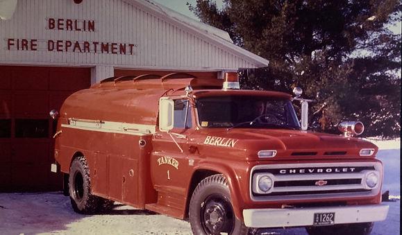 Old Trucks (3).jpg