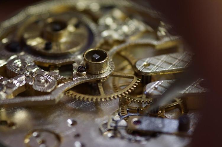 Uhren- und Präzisionstechnik