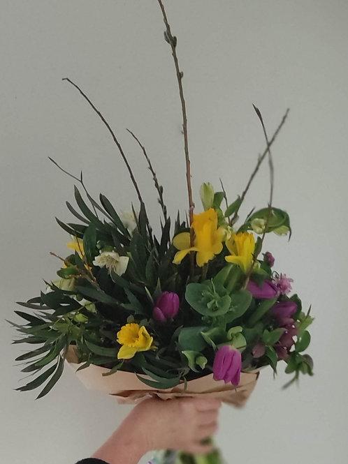 Large Mothers Day Seasonal Irish Bouquet
