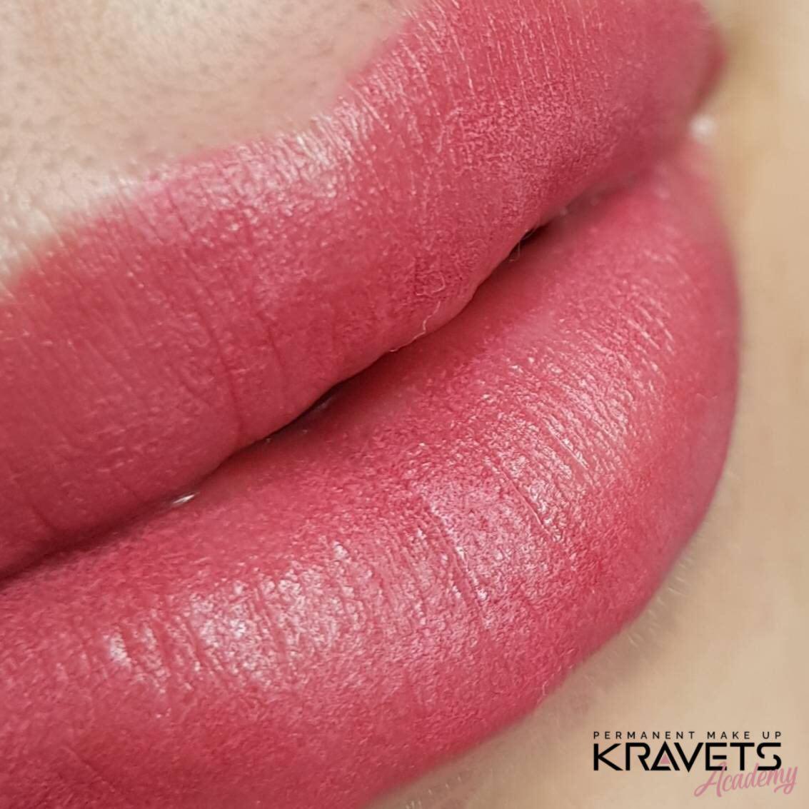 Перманетнтный макияж губ