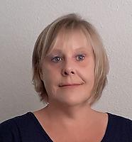 Annet Johnson Headshot.jpg