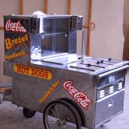 Hotdogwagen.png