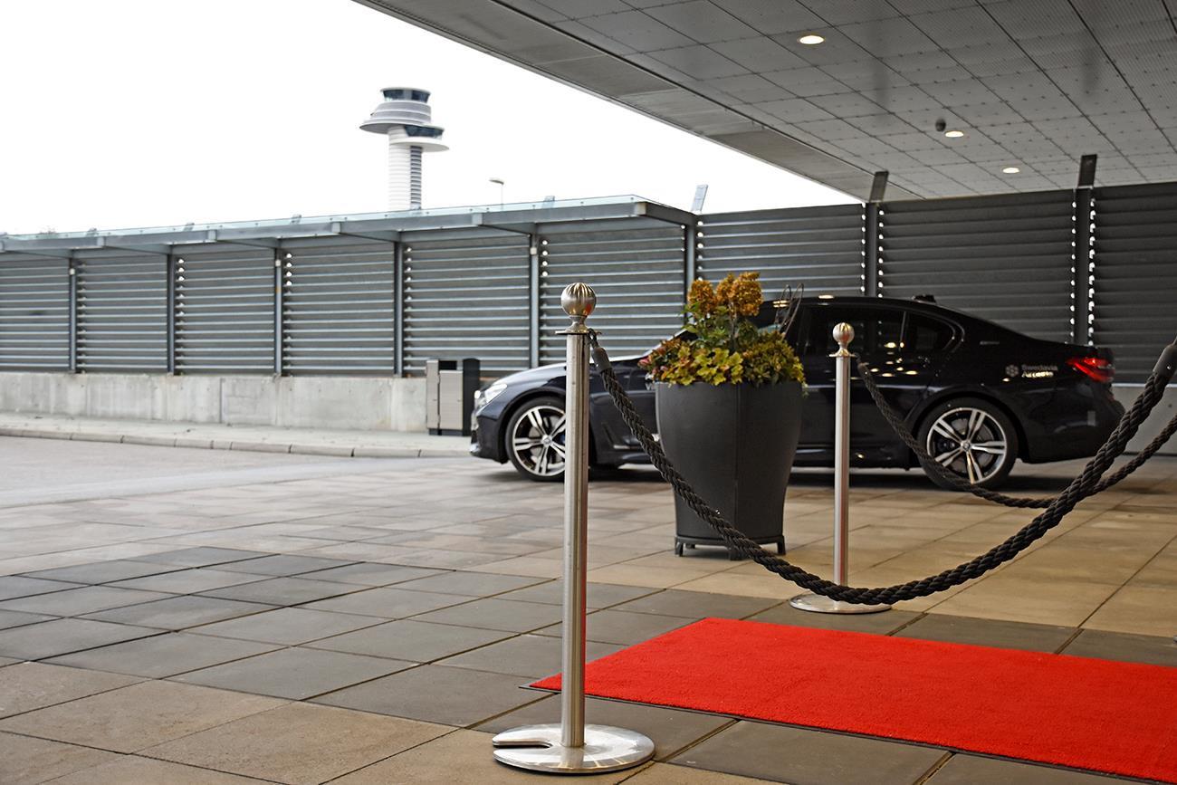 Arlanda Airport VIP - Mr Charles - Private Chauffeur - Stockholm