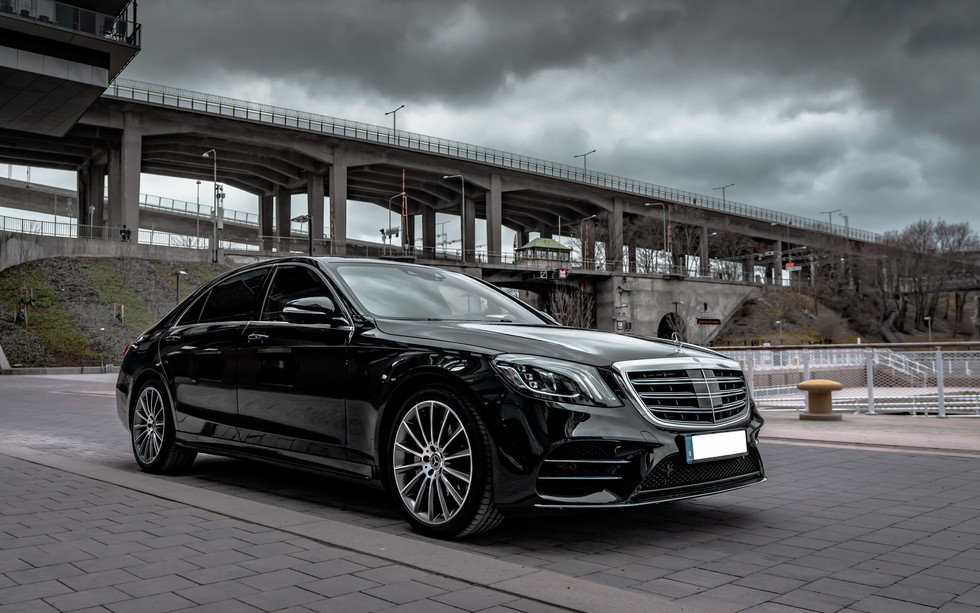Private Chauffeur - Mr Charles - Mercedes S-Klass