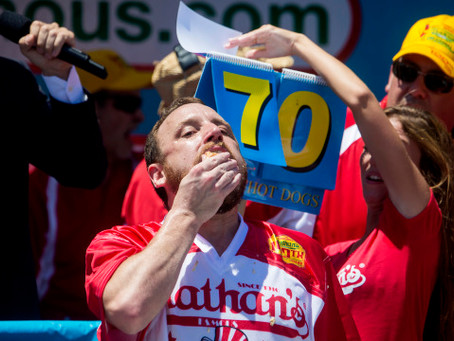 Joey Chestnut Dominates the 2016 Hot Dog Eating Competition