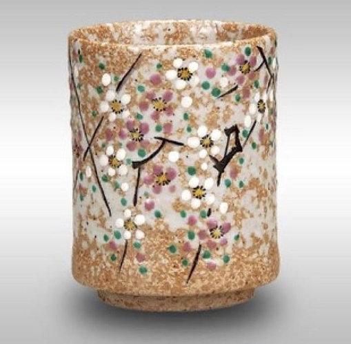 KUTANI WARE TEA CUP -FLOWER