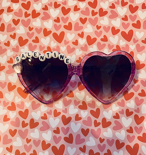 Purple glittt heart sunny