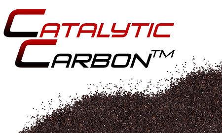 Catalytic Carbon® es un carbón activado u doble mecanismo de remoción (adsorción y remoción catalítica) mite remover un rango más amplio de contaminantes.