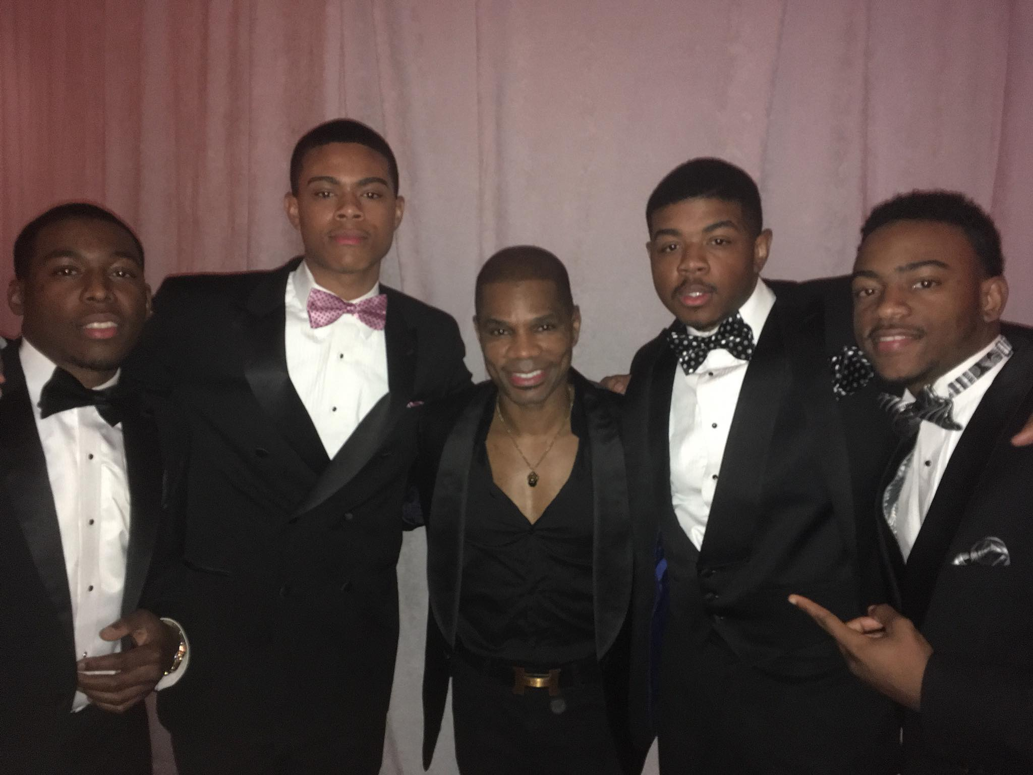 kirk franklin and the group fire