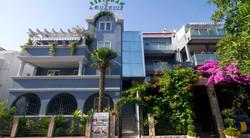34 Bedroom Hotel For Sale in Budva