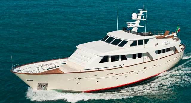 benetti-82-d-rph-2011-for-sale-spain-001