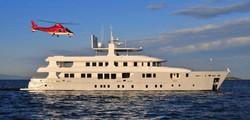 charter-deep-story-yacht