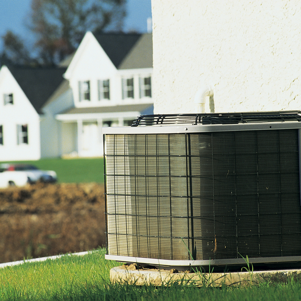 Condenser unit of an air conditioner system