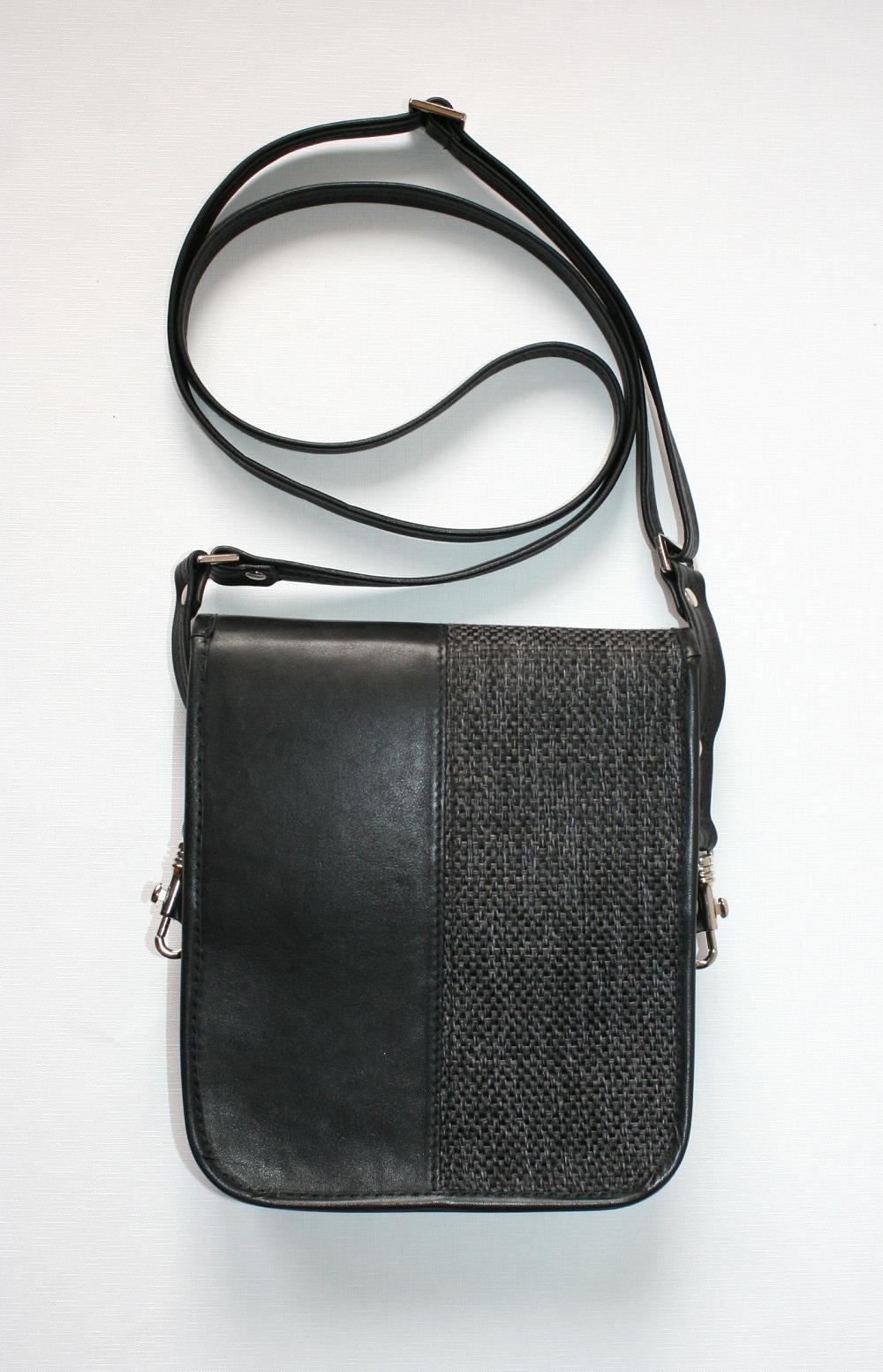 4Man shoulder bag black back