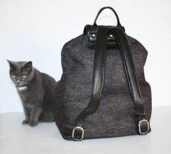4Man - backpack - back side
