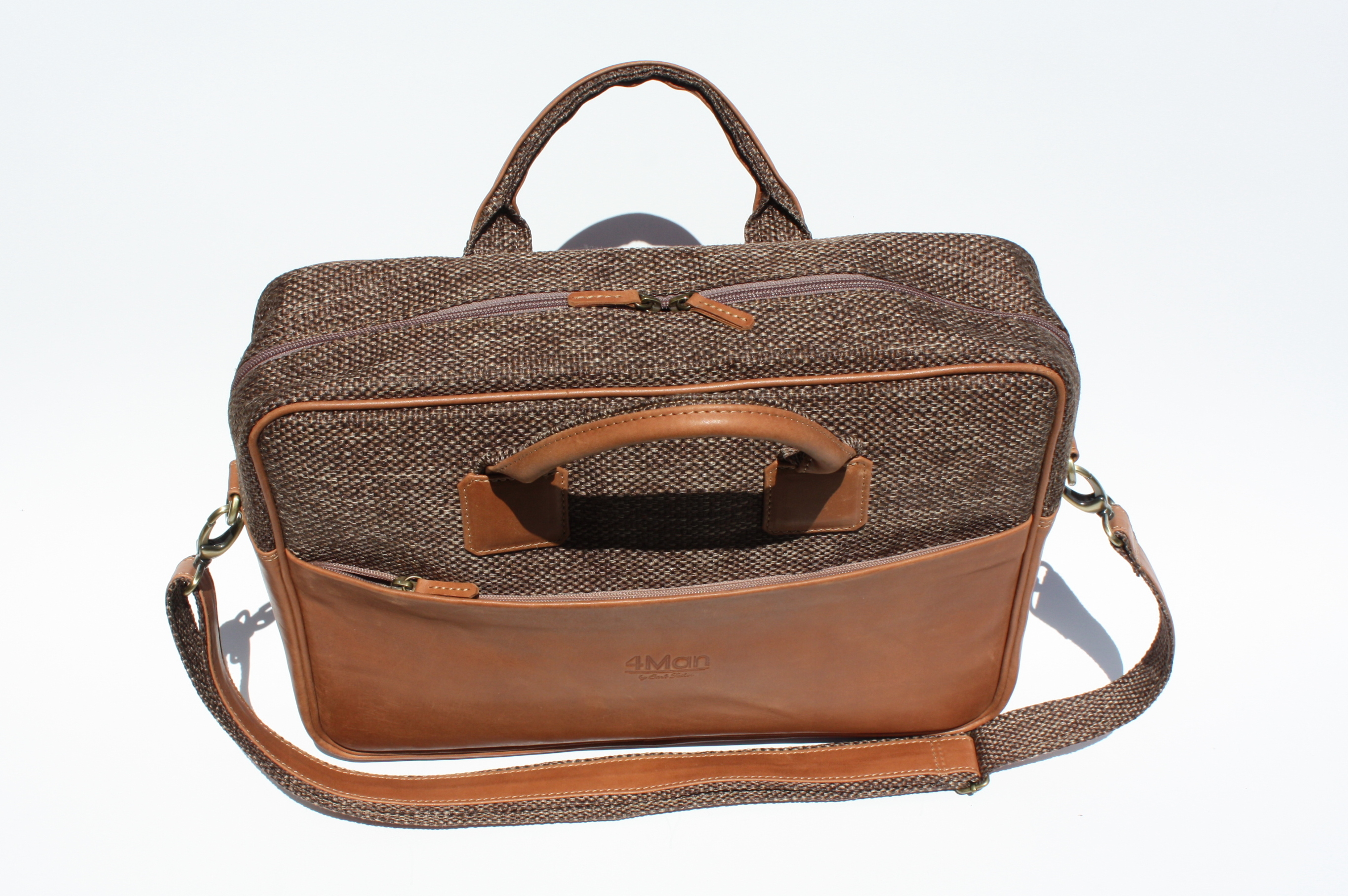 4Man laptop bag
