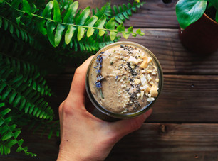 HOW TO BUILD A HEALTHY SMOOTHIE