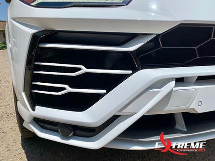 EAW Lamborghini Urus Front Bumper 1.jpg