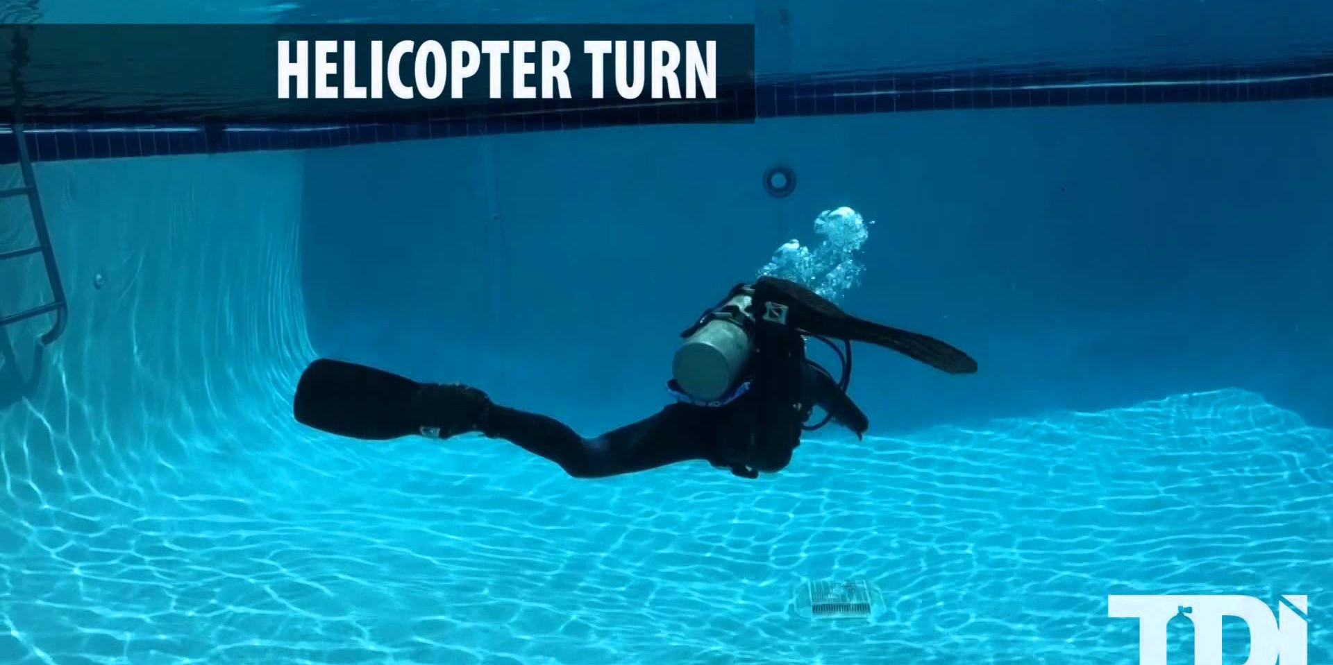 SDI/TDI Scuba Diving Finning Techniques - Helicopter Turn