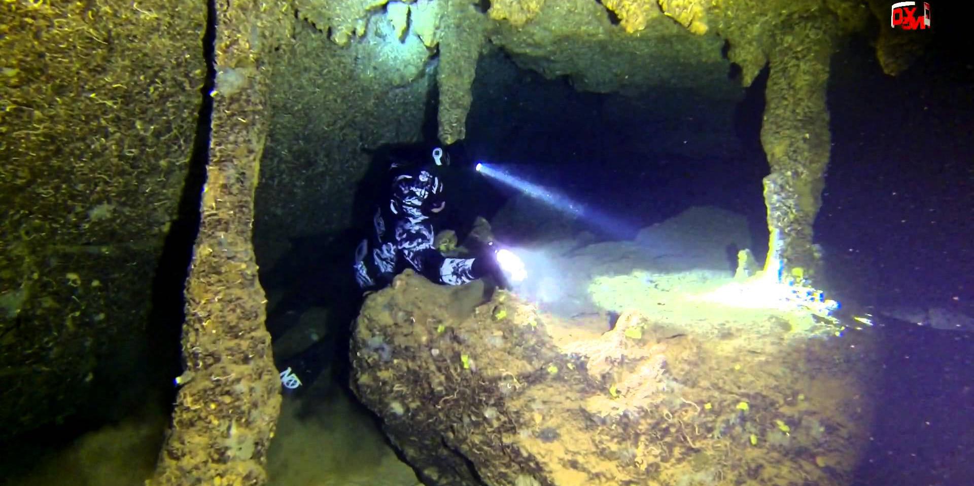 Plongée grotte de la tremie (calanques de marseille, Exploration souterraine Nox diving)