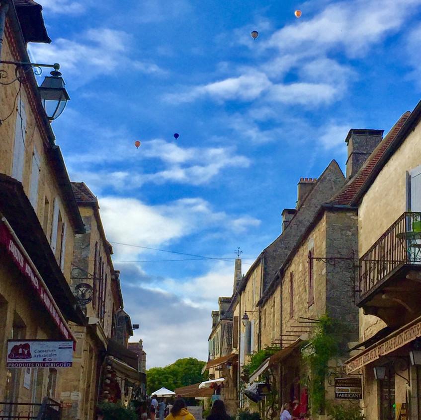 Les montgolfières vues de Grand rue