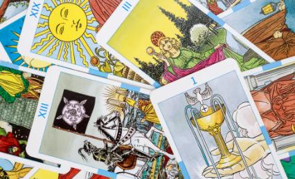 Intuitive Energy Reading + Tarot Cards