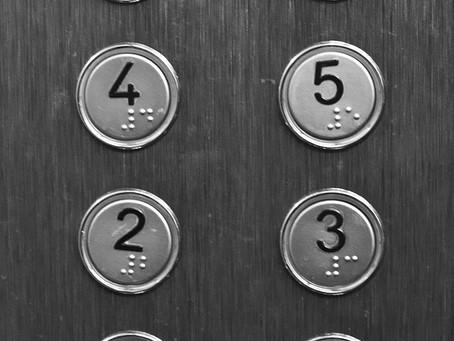 En el ascensor