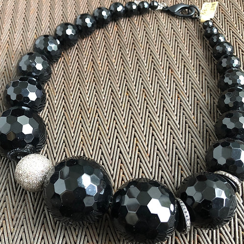 DIAMONDS, ONYX